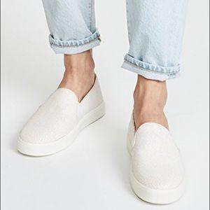 NWOT Vince Leather Sneaker